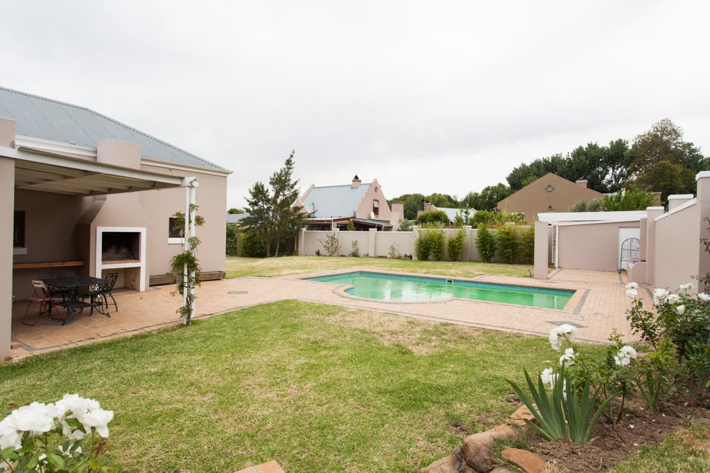 Franschhoek property for sale. Ref No: 12729989. Picture no 23