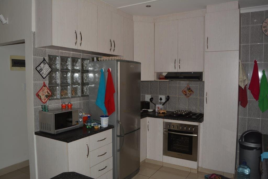 Southport property for sale. Ref No: 13349323. Picture no 9