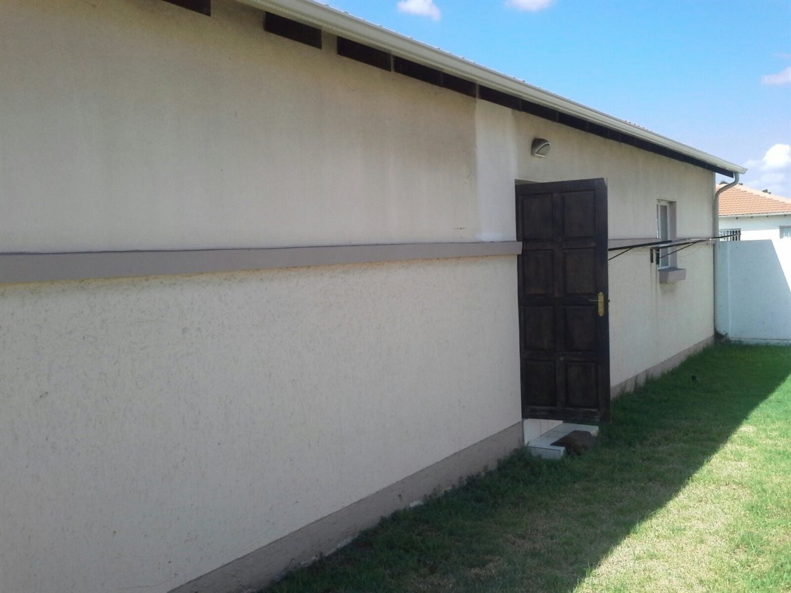 Kliprivier property for sale. Ref No: 12780748. Picture no 8