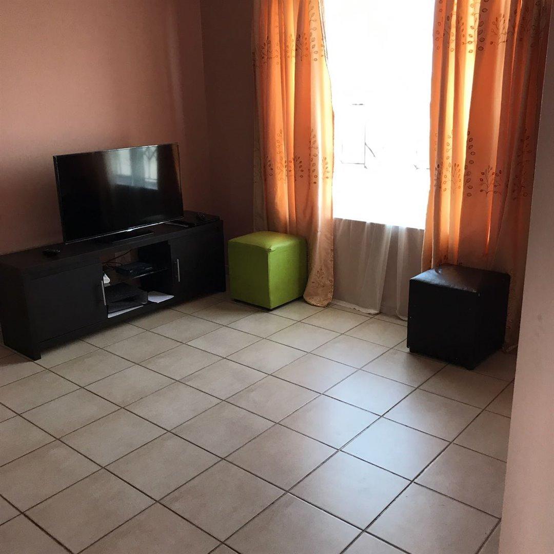 Brackenham property for sale. Ref No: 13481259. Picture no 10