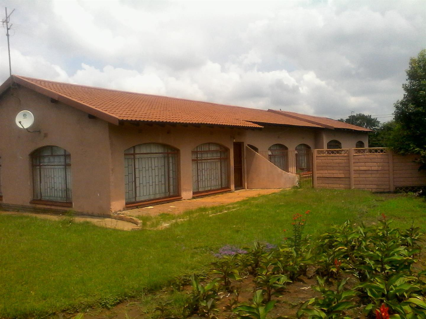 Steel Park property for sale. Ref No: 13462018. Picture no 2