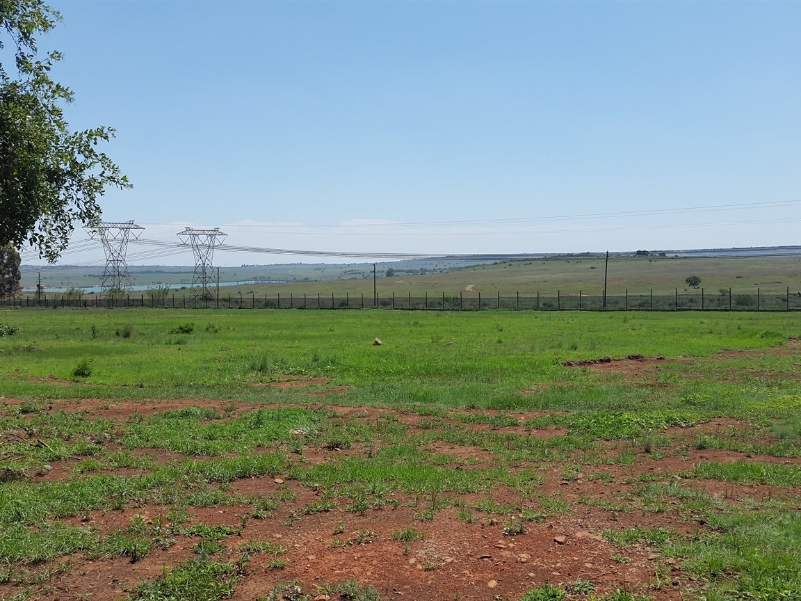 Doornkloof property for sale. Ref No: 13283502. Picture no 2