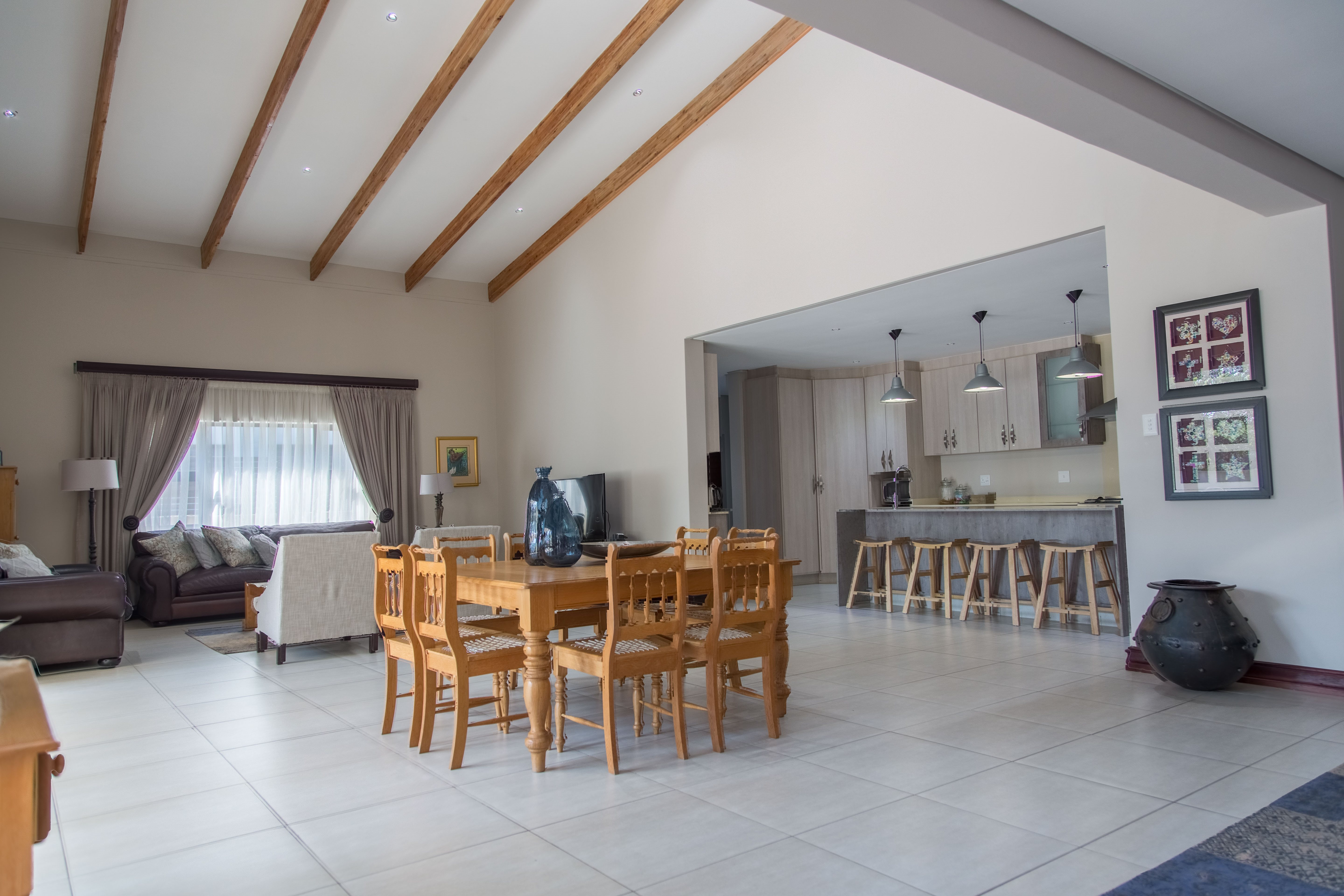 Meer En See property for sale. Ref No: 13515380. Picture no 14