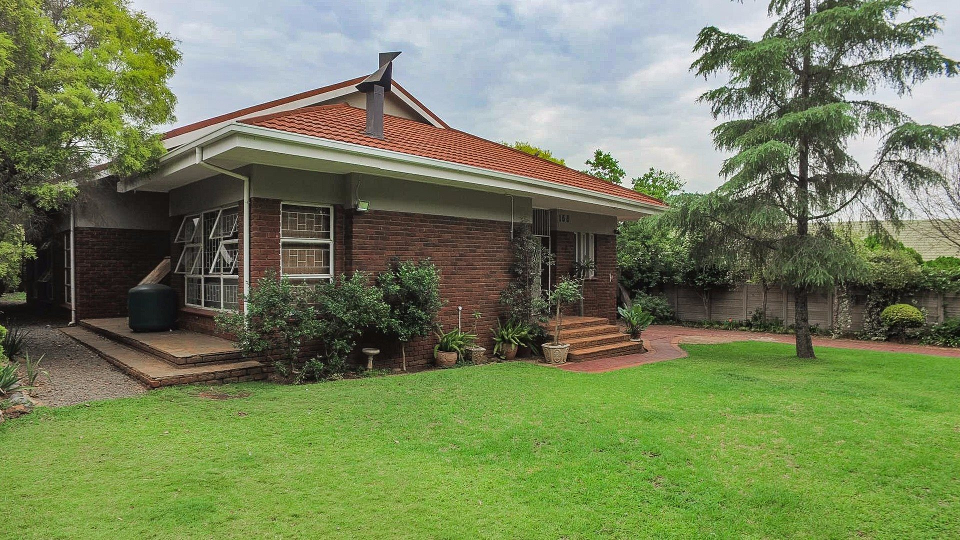 Doringkloof property for sale. Ref No: 13554943. Picture no 8