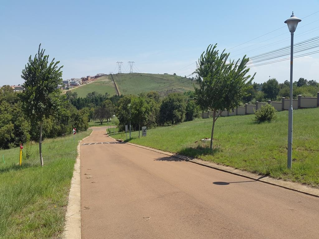 Rietvlei Heights Country Estate property for sale. Ref No: 13296023. Picture no 3