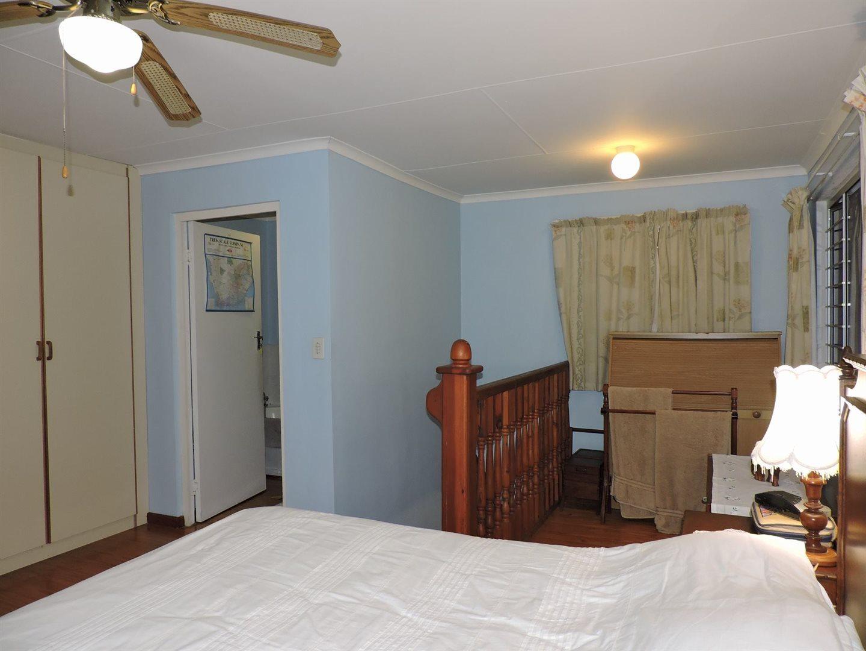 Amanzimtoti property for sale. Ref No: 13605301. Picture no 25