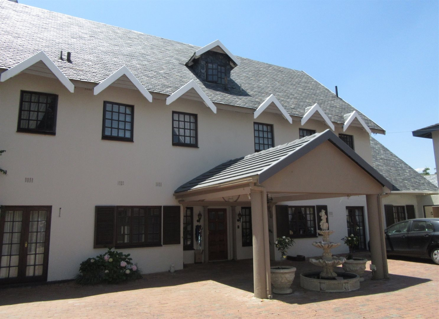 Bryanston property to rent. Ref No: 13553051. Picture no 2