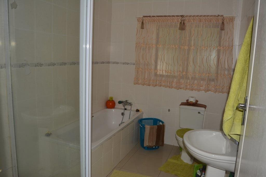 Southport property for sale. Ref No: 13349323. Picture no 15
