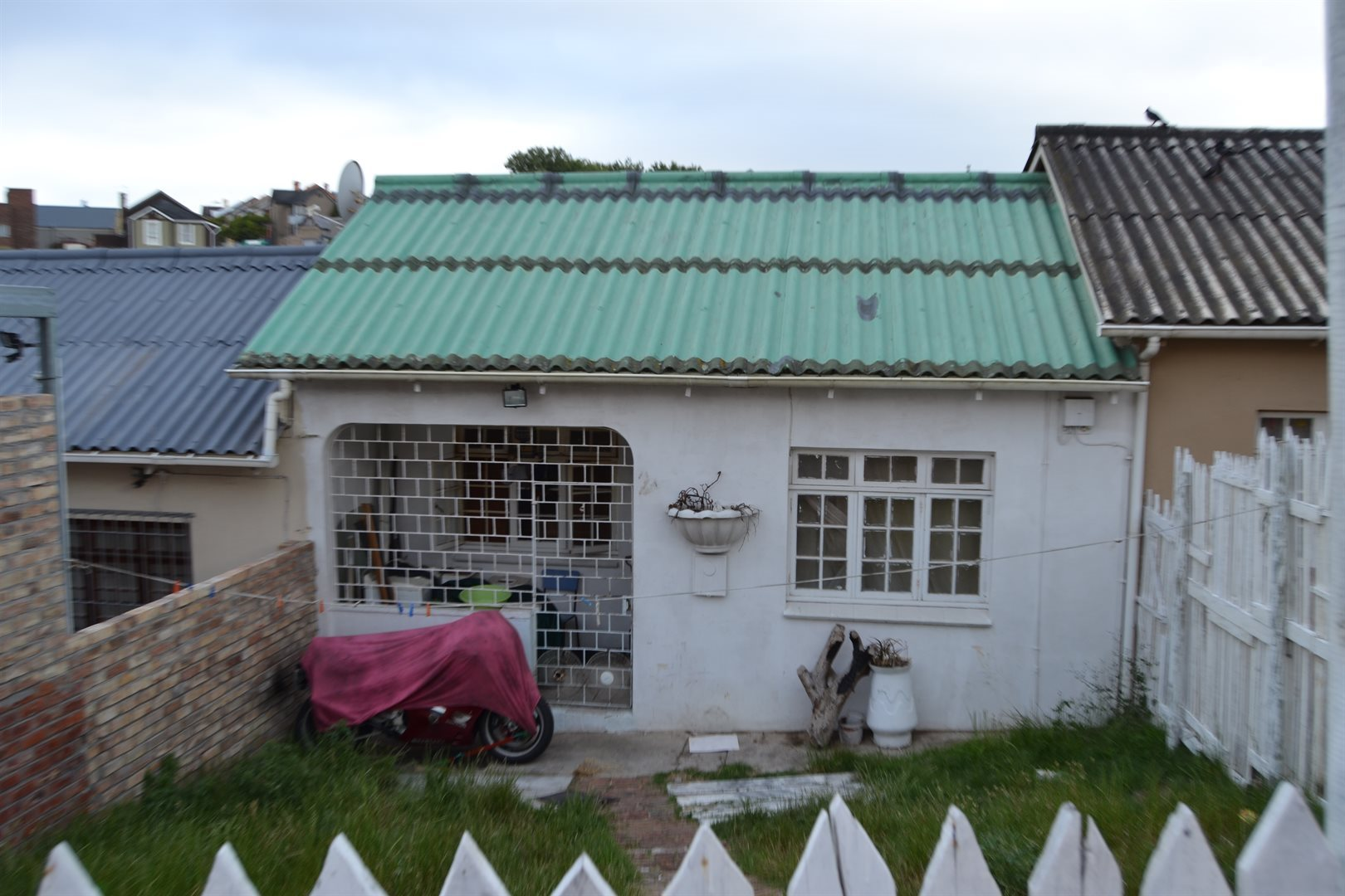 Property and Houses for sale in Eastern Cape, House, 2 Bedrooms - ZAR 999,999,999