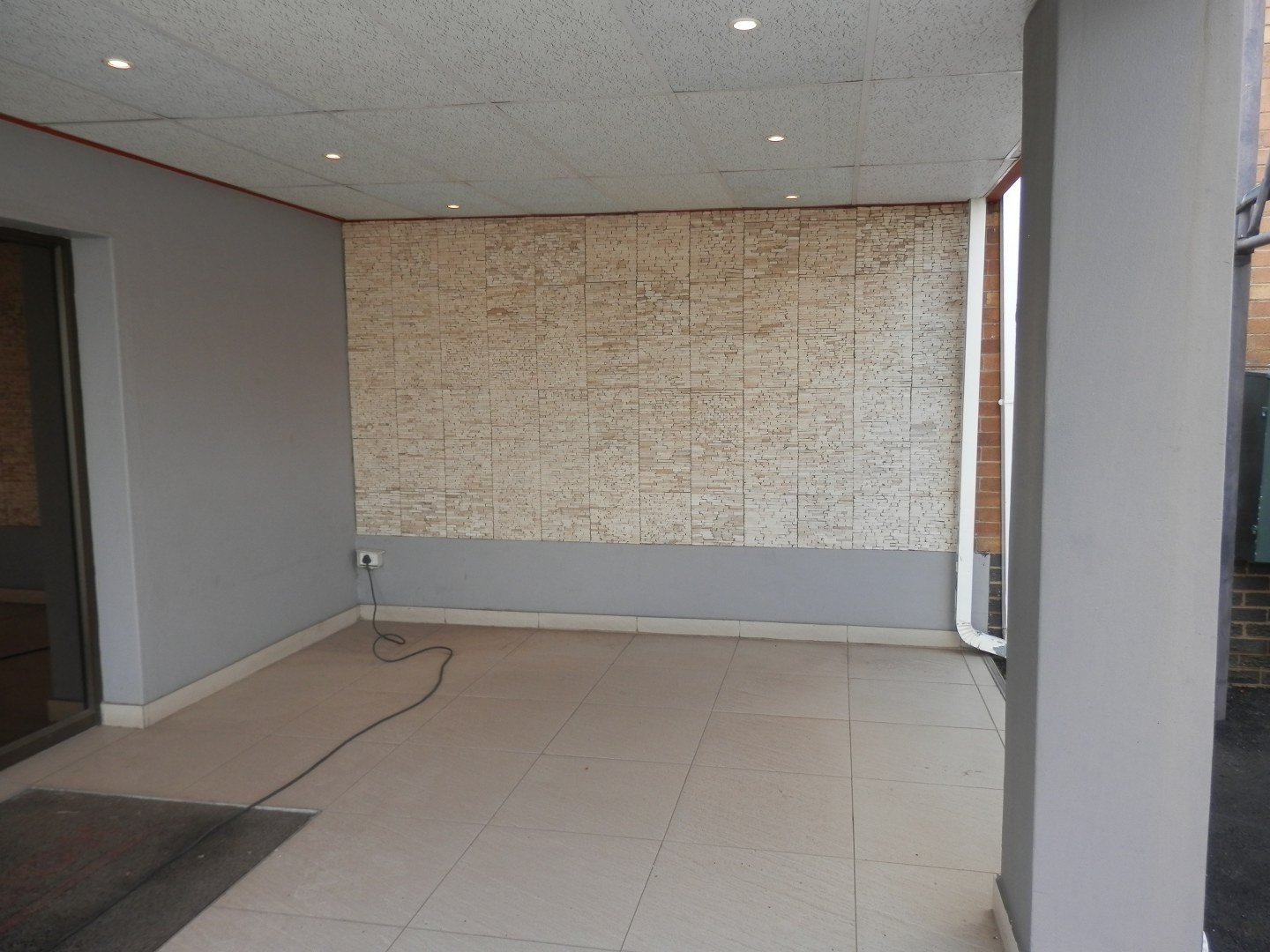 Eastleigh property for sale. Ref No: 13593580. Picture no 11