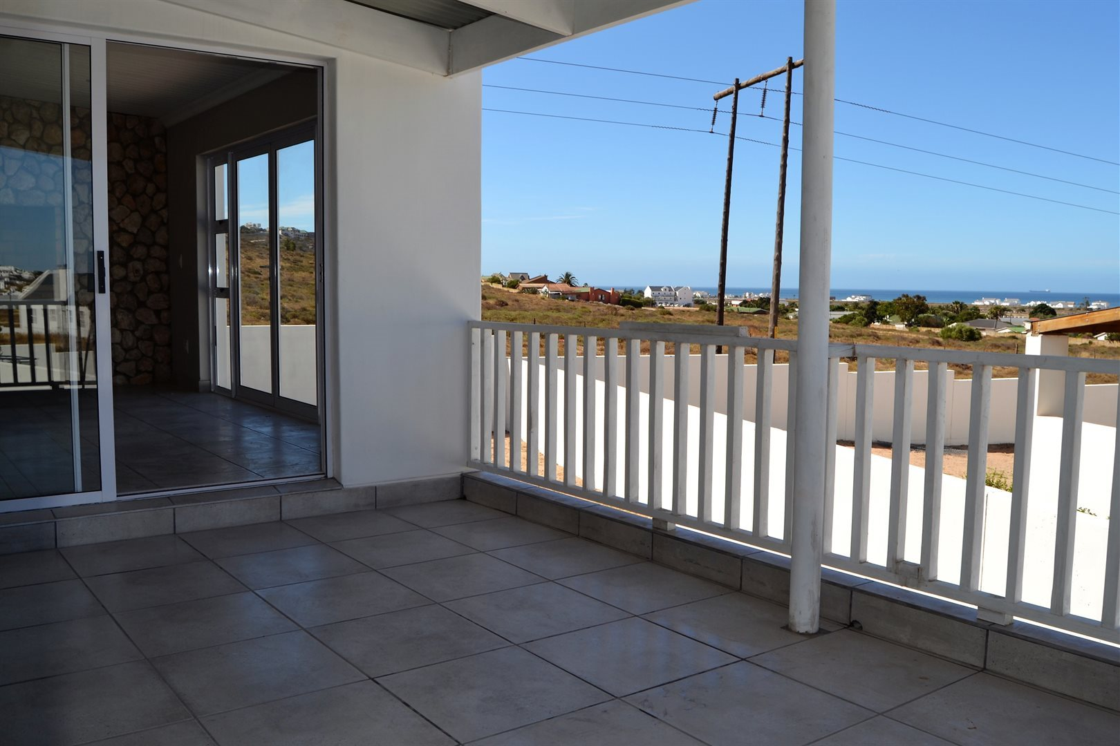 Property and Houses for sale in Harbour Lights, House, 3 Bedrooms - ZAR 1,795,000