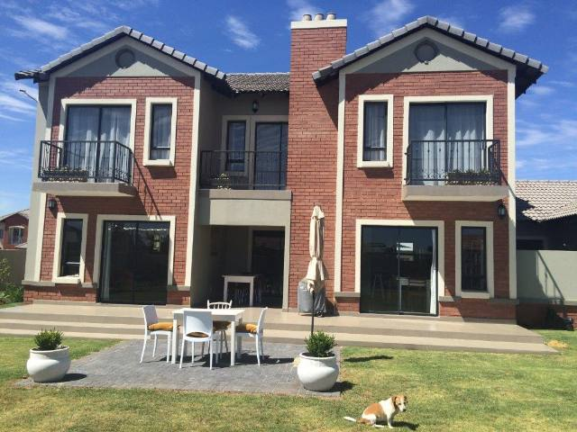 Property and Houses to rent in Midstream Estate, House, 4 Bedrooms - ZAR , 22,00*,M