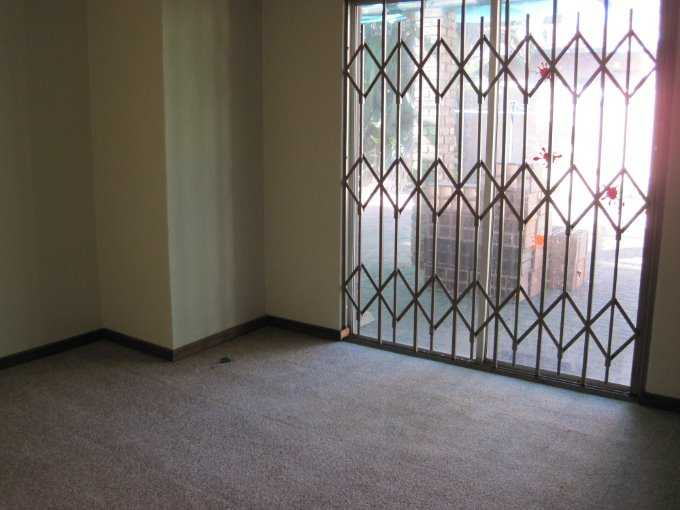 Theresapark property for sale. Ref No: 13506744. Picture no 5