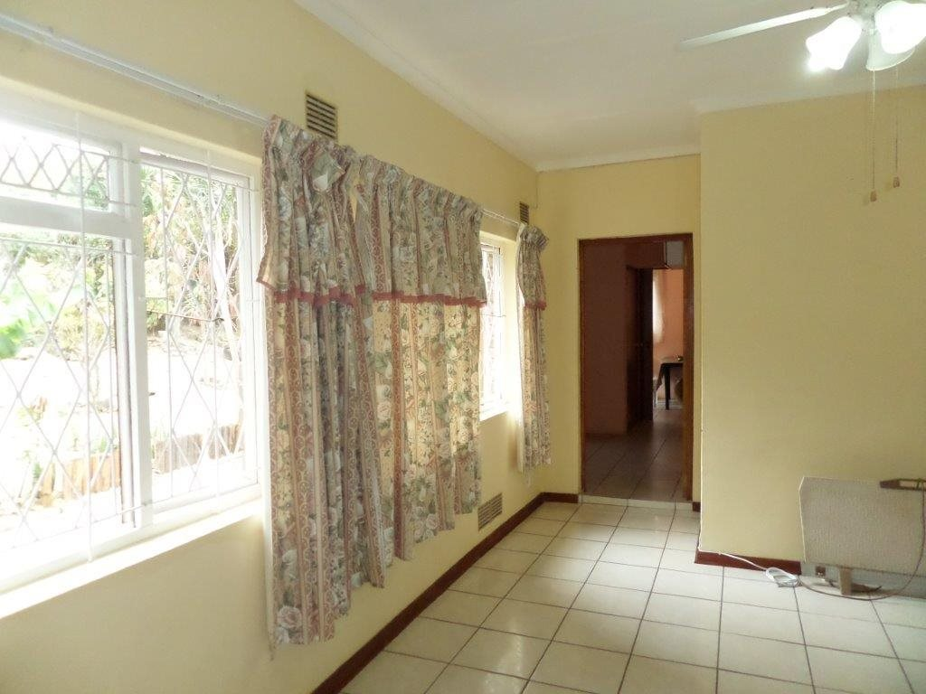 Sea Park property for sale. Ref No: 12768868. Picture no 31