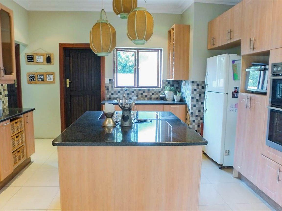 Irene Glen Estate property for sale. Ref No: 13411372. Picture no 3