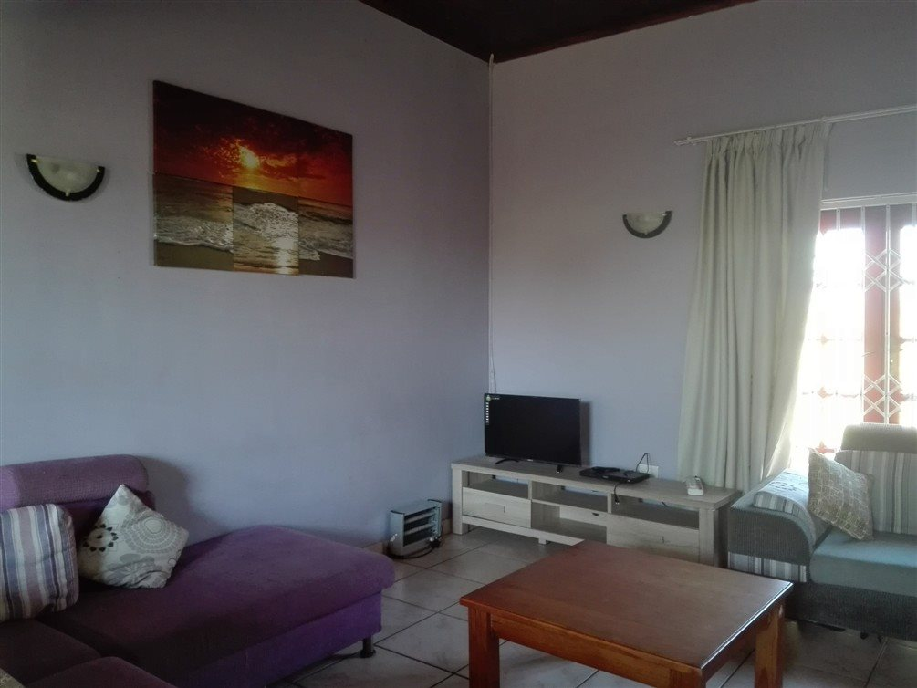 Uvongo property for sale. Ref No: 13360295. Picture no 16