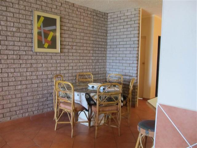 Uvongo property for sale. Ref No: 12725787. Picture no 9