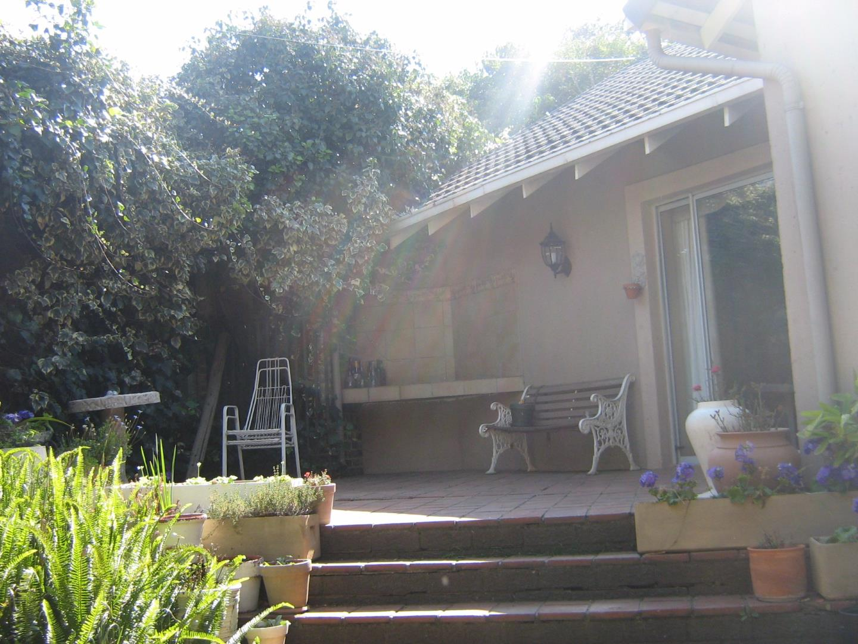 Mondeor property for sale. Ref No: 13525767. Picture no 22