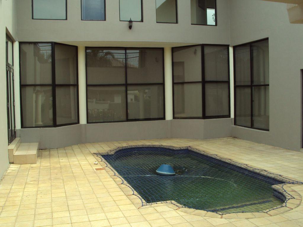 Midstream Estate property for sale. Ref No: 12781454. Picture no 2