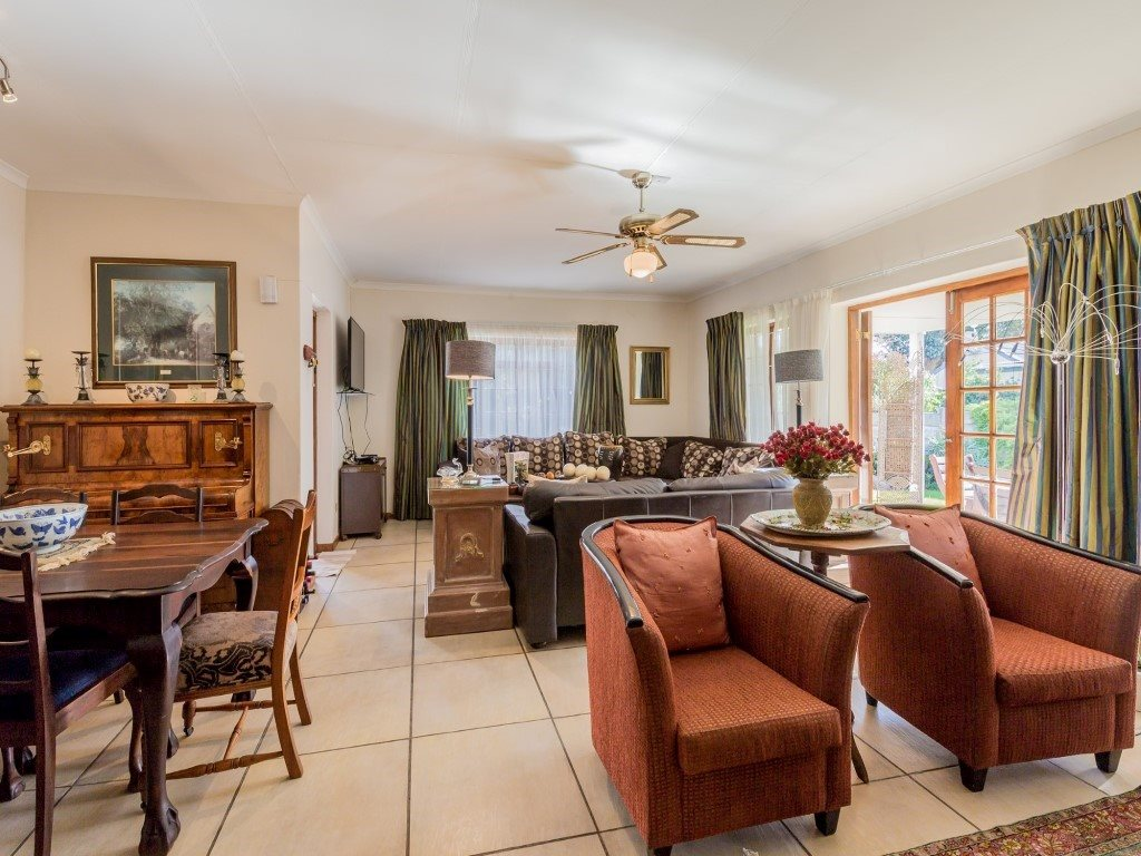 Franschhoek property for sale. Ref No: 13353946. Picture no 2