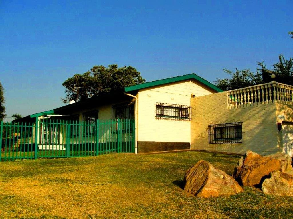 Uvongo property for sale. Ref No: 12796684. Picture no 1