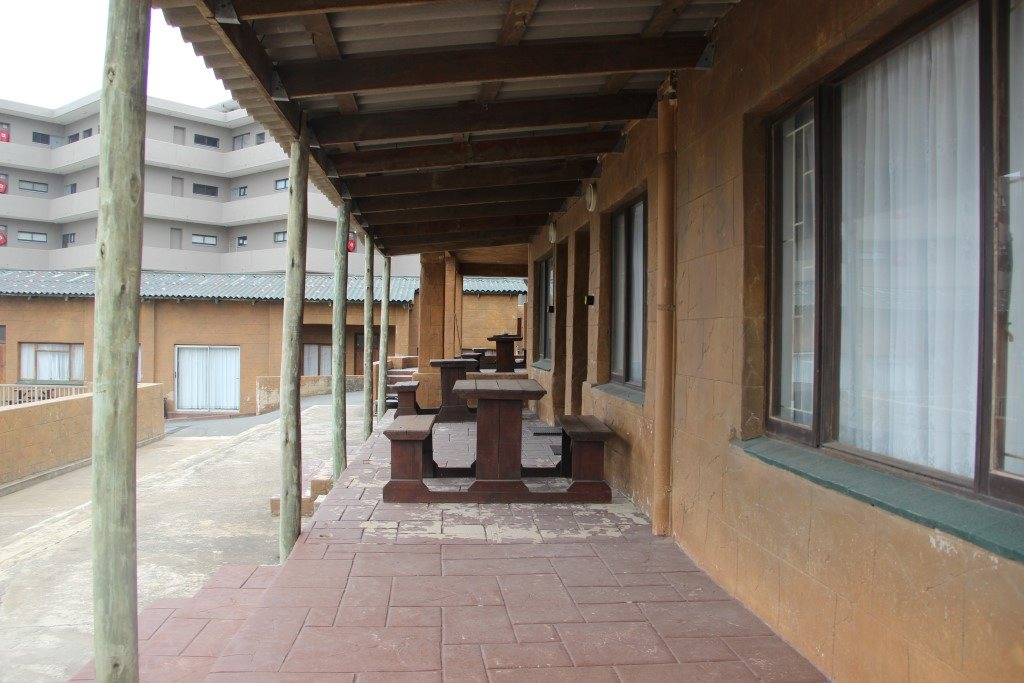 Margate property for sale. Ref No: 13387390. Picture no 5