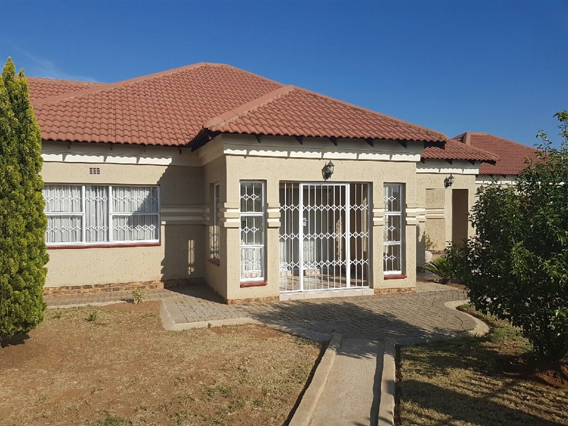 Waldrift property for sale. Ref No: 13399855. Picture no 18
