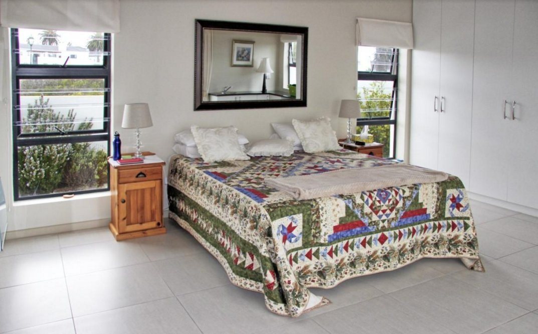 Shelley Point property for sale. Ref No: 13523608. Picture no 19