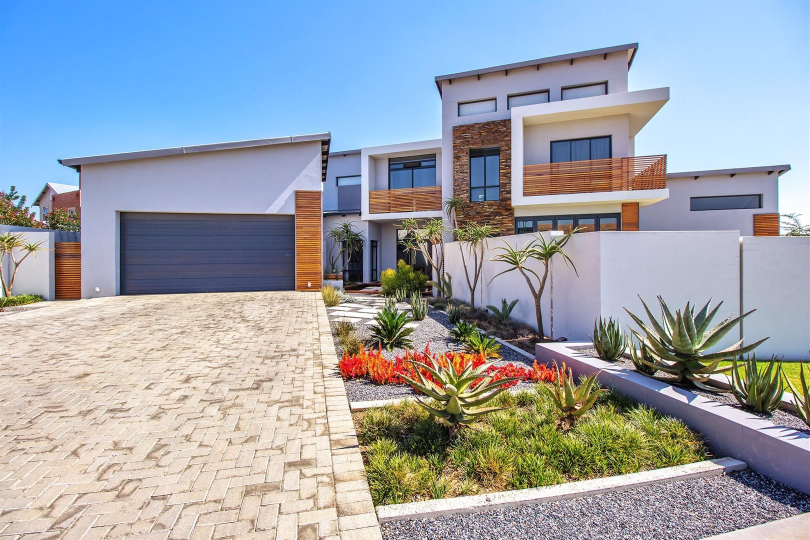 Pretoria, Newmark Estate Property  | Houses For Sale Newmark Estate, Newmark Estate, House 3 bedrooms property for sale Price:3,700,000
