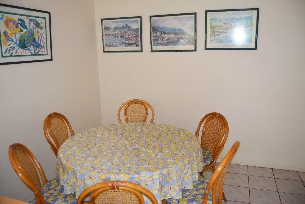 Margate property for sale. Ref No: 13567448. Picture no 4