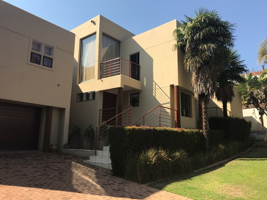 Pretoria, Faerie Glen Property  | Houses For Sale Faerie Glen, Faerie Glen, House 5 bedrooms property for sale Price:2,850,000
