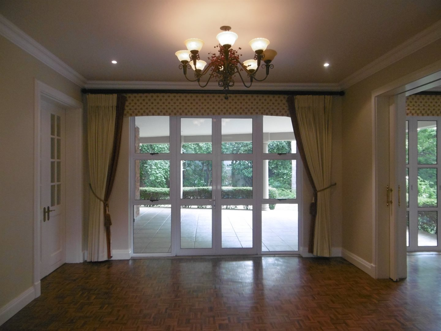 River Club property to rent. Ref No: 13552407. Picture no 13