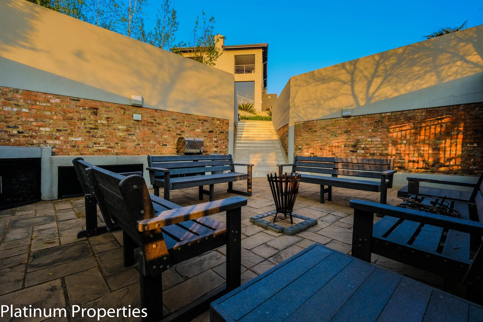 Three Rivers East property for sale. Ref No: 13622206. Picture no 30