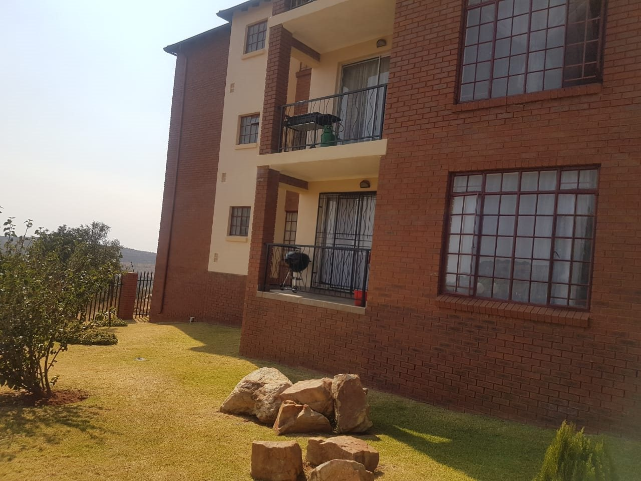 Krugersdorp, Chancliff Ridge Property  | Houses For Sale Chancliff Ridge, Chancliff Ridge, Apartment 2 bedrooms property for sale Price:499,000