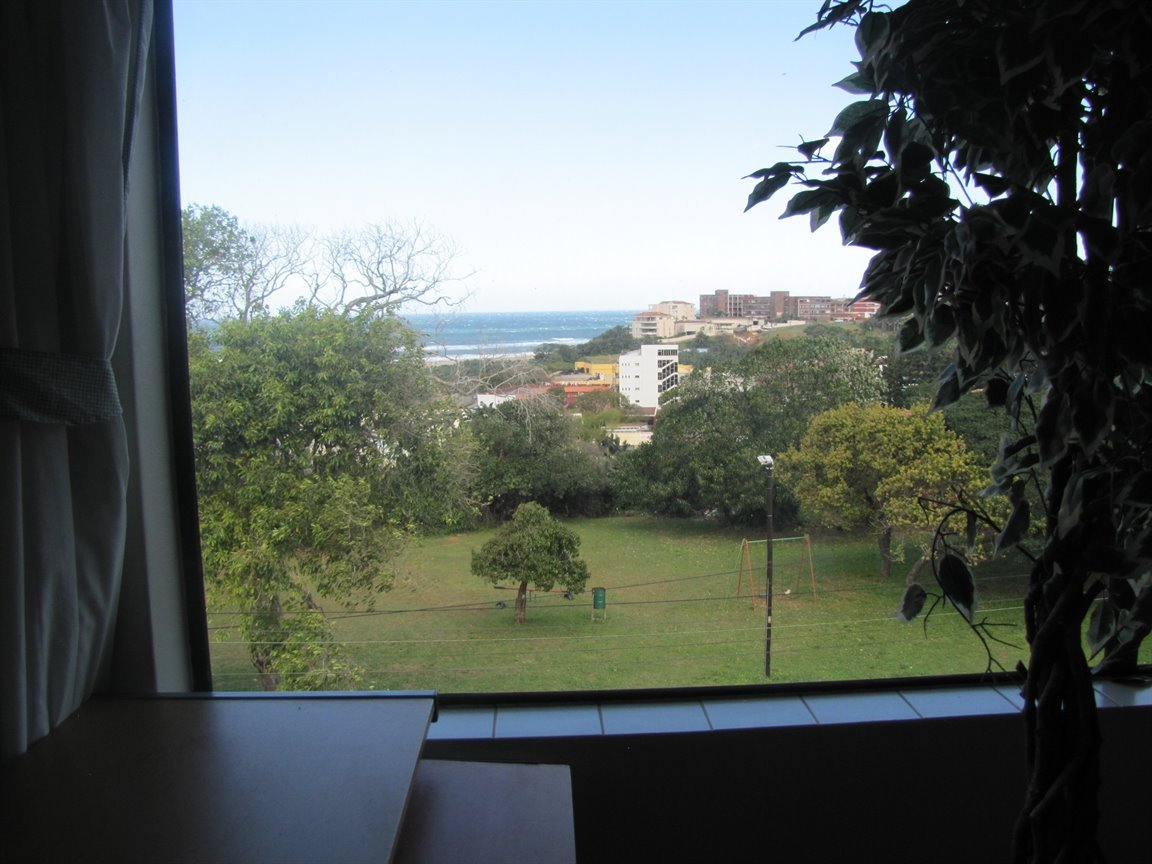 Amanzimtoti property for sale. Ref No: 13377010. Picture no 24