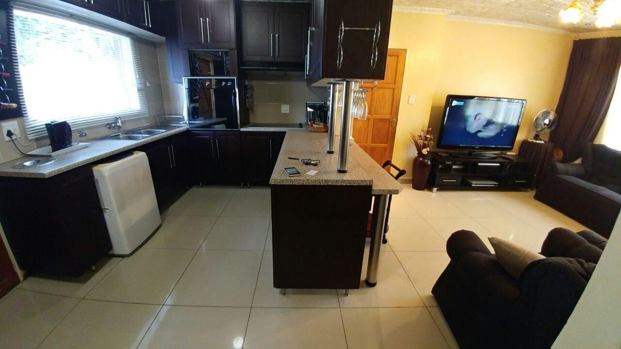 Rosslyn property for sale. Ref No: 13566713. Picture no 4