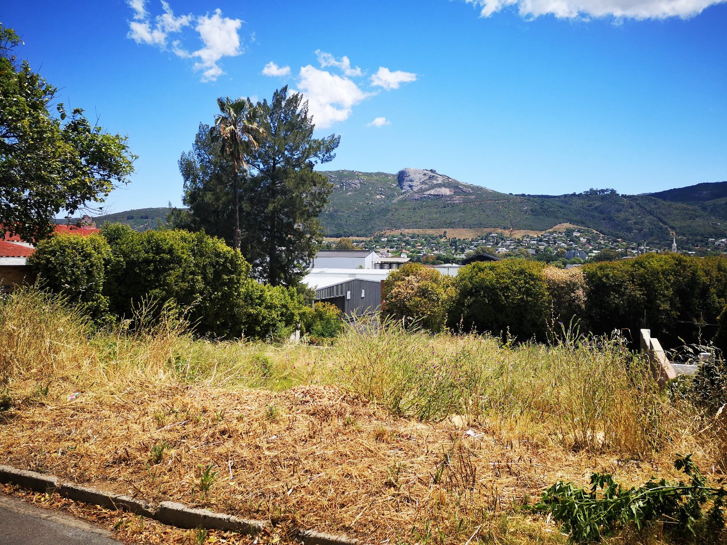 Property and Houses for sale in Denneburg, House - ZAR 690,000