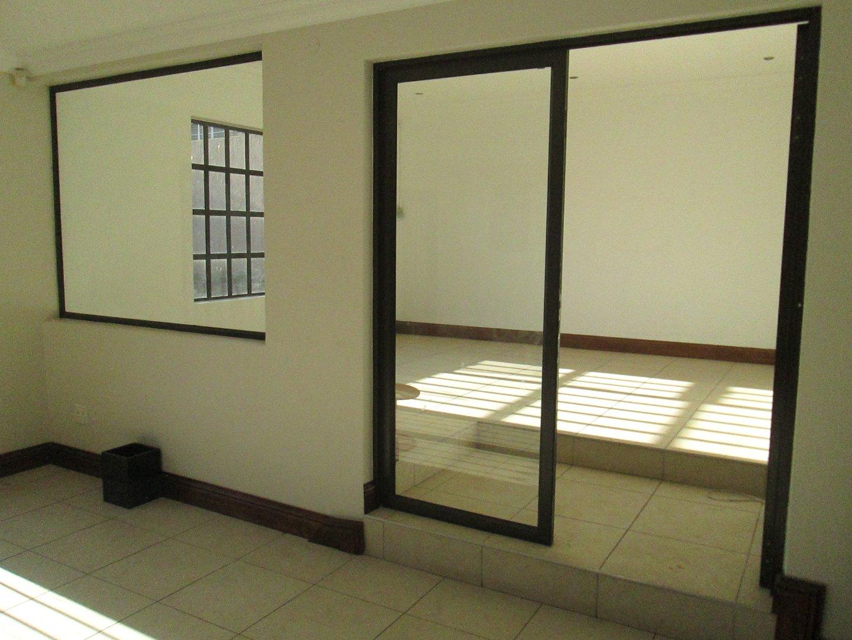 Glenvista property to rent. Ref No: 13552423. Picture no 21