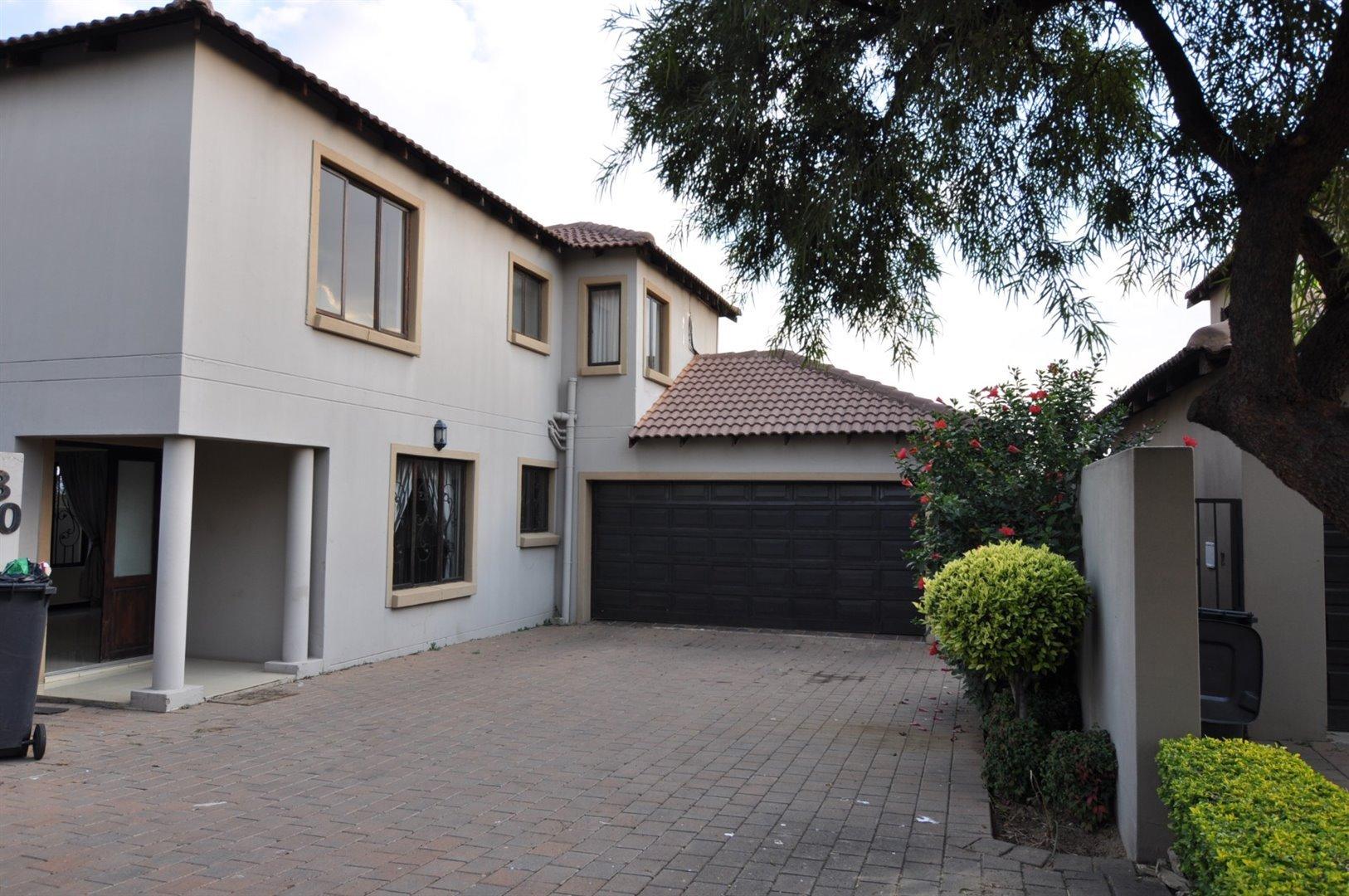 Sandton, Craigavon Property    Houses To Rent Craigavon, Craigavon, House 3 bedrooms property to rent Price:, 16,00*