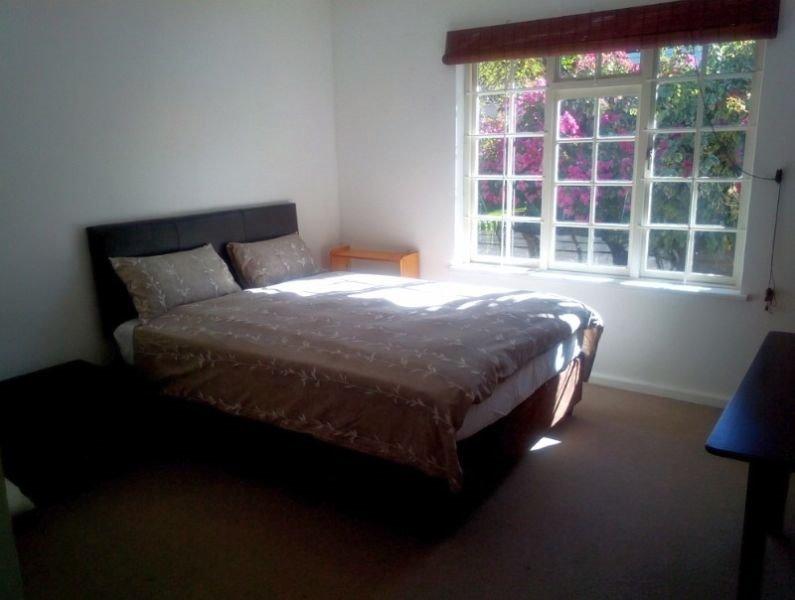 Rondebosch property to rent. Ref No: 13503738. Picture no 8