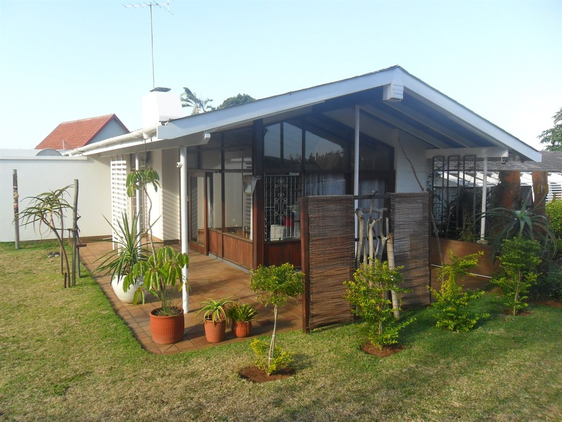 Umkomaas property for sale. Ref No: 12798074. Picture no 64