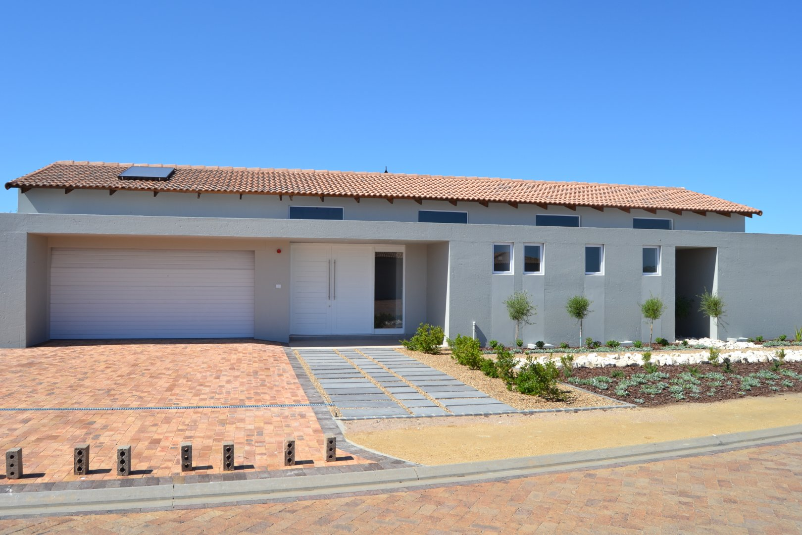 Property and Houses for sale in Langebaan Country Estate, House, 3 Bedrooms - ZAR 4,190,000