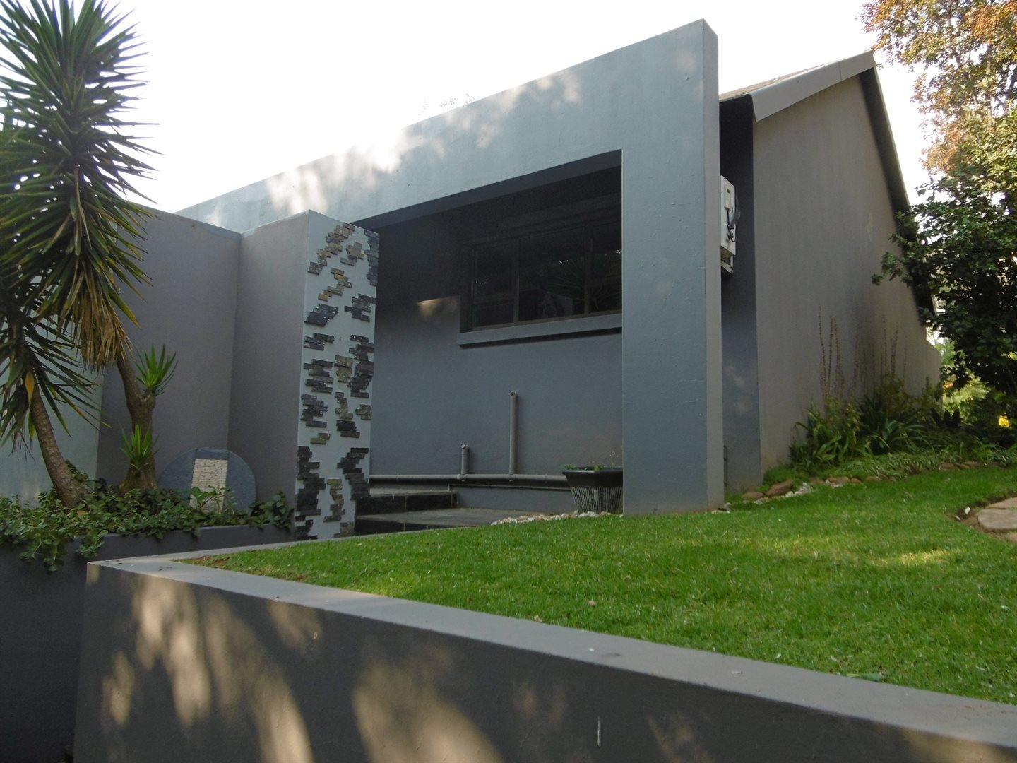 Bryanston property to rent. Ref No: 13504988. Picture no 1