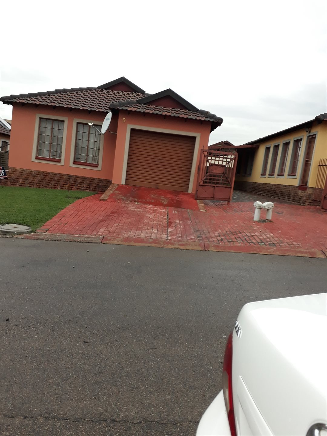 Olievenhoutbosch property for sale. Ref No: 13543173. Picture no 17