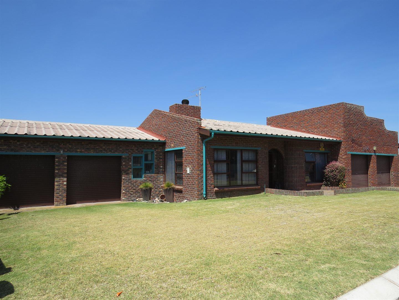 Saldanha property for sale. Ref No: 13552431. Picture no 2
