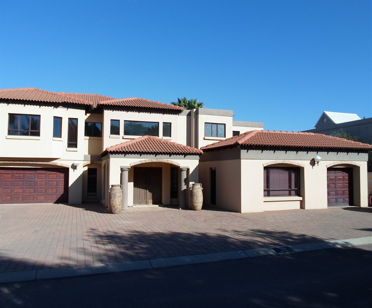 Property and Houses to rent in Centurion Golf Estate, House, 4 Bedrooms - ZAR , 27,00*,M