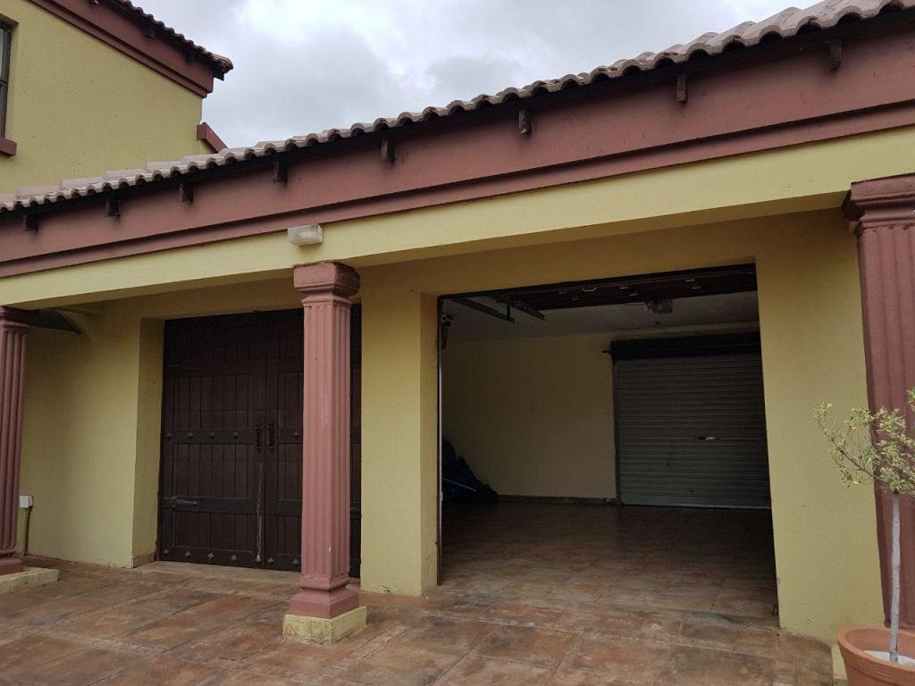 Ninapark property for sale. Ref No: 13609735. Picture no 4