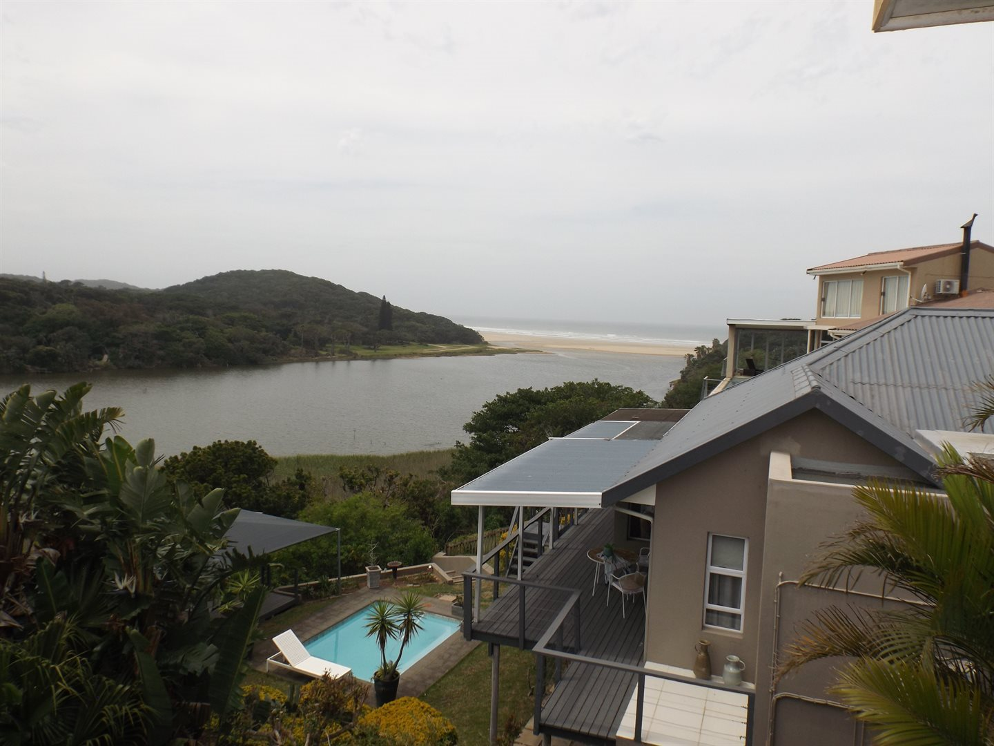 Property for Sale by DLC INC. ATTORNEYS Graham Hodson, House, 3 Bedrooms - ZAR 3,600,000
