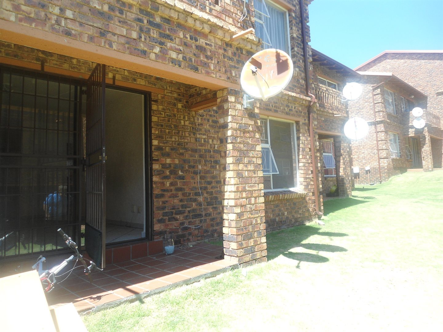 Buccleuch property to rent. Ref No: 13550619. Picture no 2
