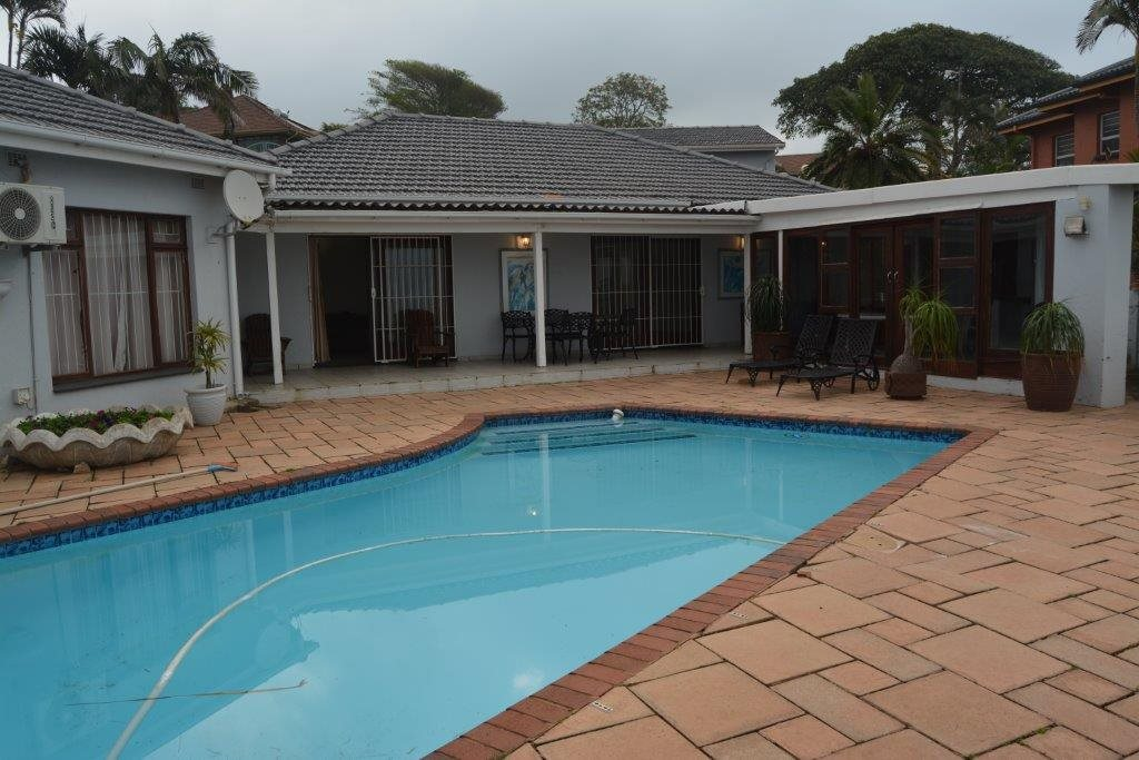 Uvongo property for sale. Ref No: 13240278. Picture no 1